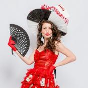 Carnaval fashion! Famosas desfilam coleção de Isabela Capeto para a folia