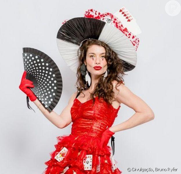 Carnaval 2020: look da Alinne Moraes faz parte da coleção-cápsula Carnaval Folia da Stella por Isabela Capeto