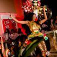 Cris Vianna se esbaldou durante o desfile em clima de Carnaval