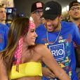 Neymar foi flagrado dando beijo em Anitta no mesmo camarote em que estava sua ex, Bruna Marquezine