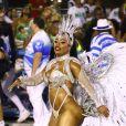 Rainha de bateria, Raissa de Oliveira desfila na Beija-Flor há 18 anos