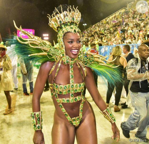 Pé quente, Iza comemora título da Imperatrizpela Série A do Carnaval 2020: 'É Campeã'