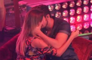 Luan Santana beija fã na boca e dança colado em show no Rio
