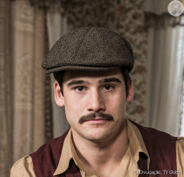 Penúltima semana da novela 'Éramos Seis' tem Alfredo (Nicolas Prattes) fugindo da polícia após matar Osório (Nicola Siri)