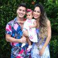 Mulher de Arthur Aguiar, Mayra Cardi teme que filhos sejam infectados com coronavírus