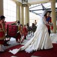 Kate Middleton usou longo com uma cauda de 2,7 metros em seu casamento