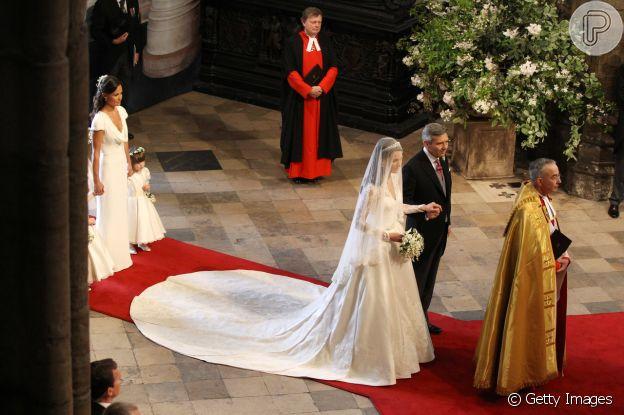 Kate Middleton usou vestido da grife Alexander McQueen