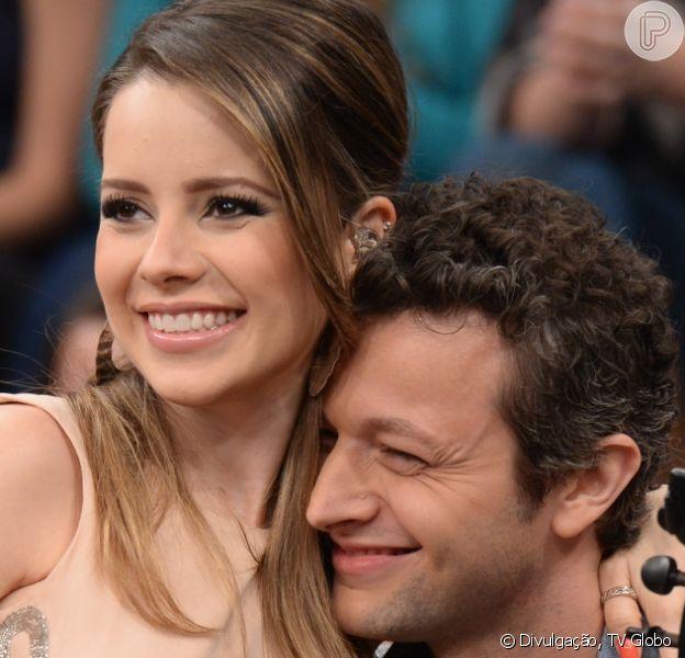 Lucas Lima divertiu Carolina Dieckmann ao ter o cabelo cortado pela mulher, Sandy