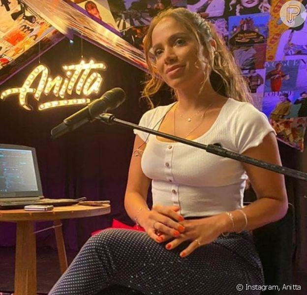 Anitta fala sobre namoro com Gui Araujo e vida íntima