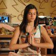 Bruna Marquezine começou a alisar o cabelo na novela 'Negócio da China', aos 14 anos