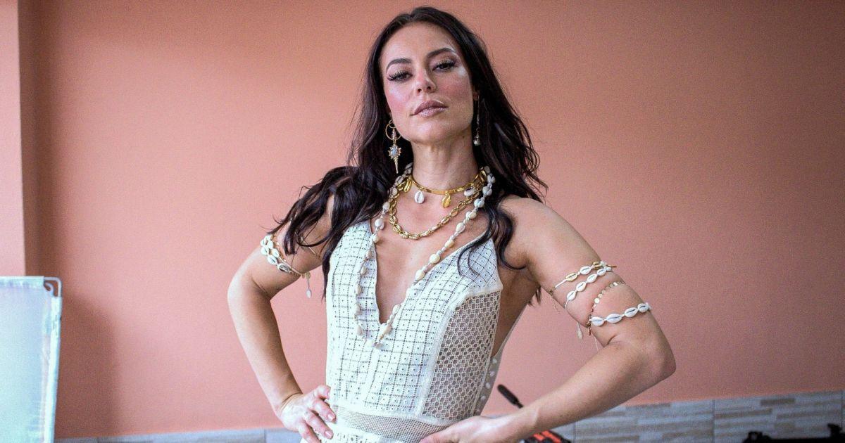 Flavia Pavanelli comenta relação com Junior Mendonza