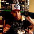 Marília Mendonça deu sobremesa na boca do namorado, Murilo Huff