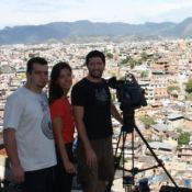 Repórter da Globo, Marina Araújo agradece apoio após ser feita refém: 'Carinho'