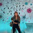 Veja look de Larissa Manoela para live neste sábado (13)