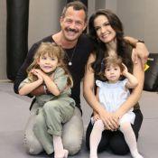 Malvino Salvador e Kyra Gracie fazem chá revelação e descobrem sexo do 3º filho