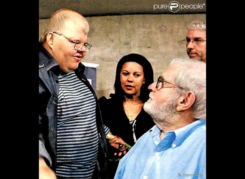 Rafael Soares, de 50 anos, era filho de Jô Soares e morreu nesta sexta-feira, 31 de outubro de 2014. Na foto, Rafael prestigia o lançamento do livro do pai 'As esganadas'