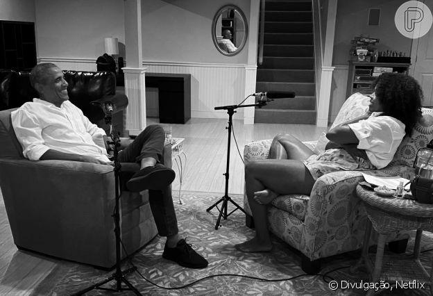 Michelle Obama e Barack Obama em bastidor de gravação