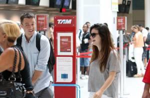 Sthefany Brito e Kayky Brito embarcam juntos em aeroporto do Rio