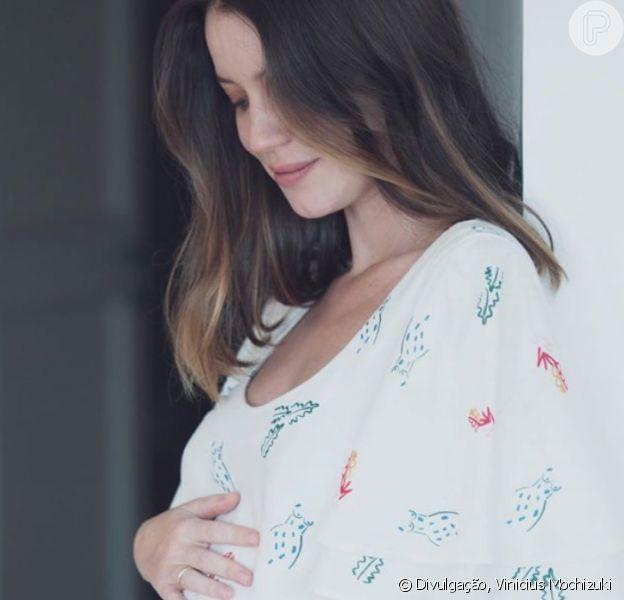 Barriga de gravidez de Nathalia Dill anima famosas em foto postada nesta quinta-feira, dia 10 de setembro de 2020