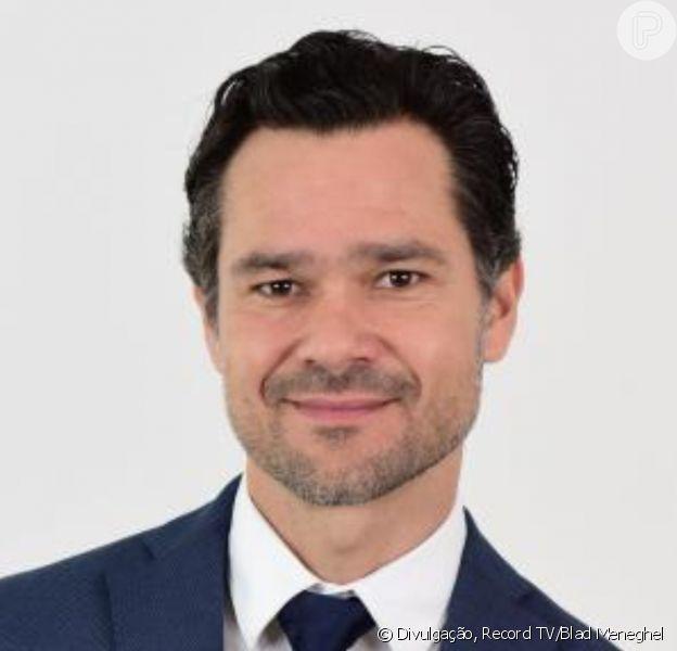 Na novela 'Amor Sem Igual', Leandro (Gabriel Gracindo) sugere plano para Poderosa (Day Mesquita) matar o pai, Ramiro (Juan Alba)