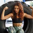 Paloma Bernardi mantém a boa forma com treinos funcionais e alimentação saudável