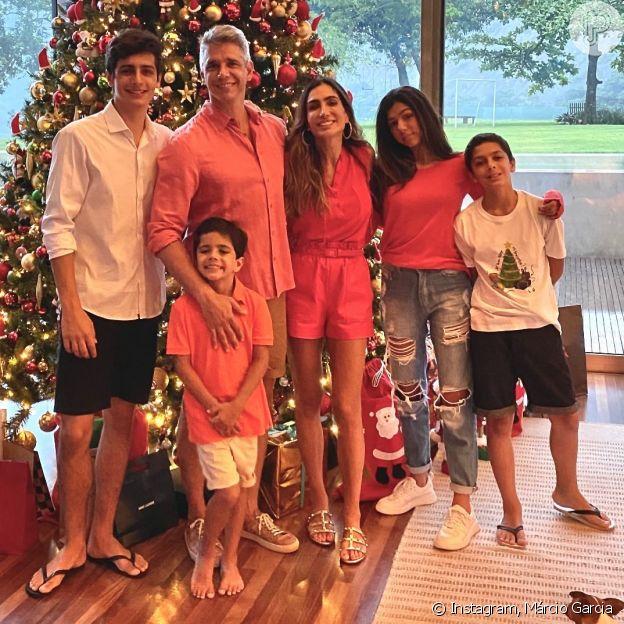 Ao lado da família, Márcio Garcia dedica Natal ao pai, morto por Covid-19