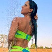 Graciele Lacerda posa de biquíni e Zezé Di Camargo reage: 'Babando'