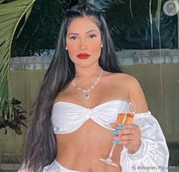 Flayslane assume namoro com Pedro Maia