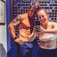 Mariana Bridi mostrou perda de peso em foto com marido, Rafael Cardoso