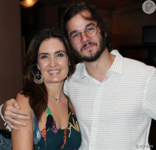 Fátima Bernardes anda de bike com Túlio Gadêlha e reage à crítica de internauta. Entenda!