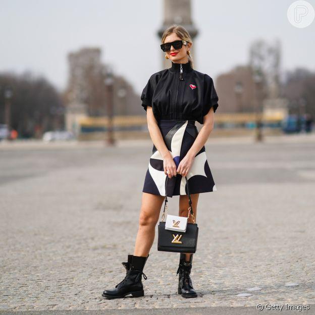 O look p&b é um clássico e está em alta no street style