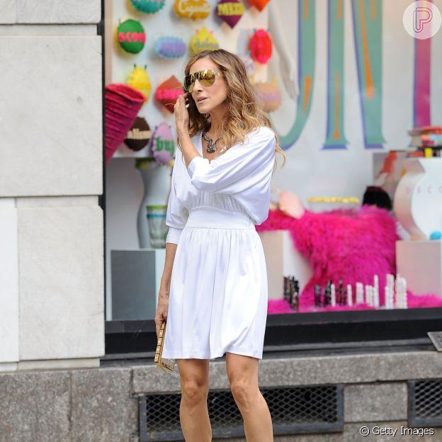 Óculos com design futurista de Carrie Bradshaw inspiram moda até hoje