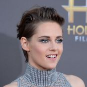 Kristen Stewart e Robert Pattinson, ex-namorados, vão ao Hollywood Film Awards
