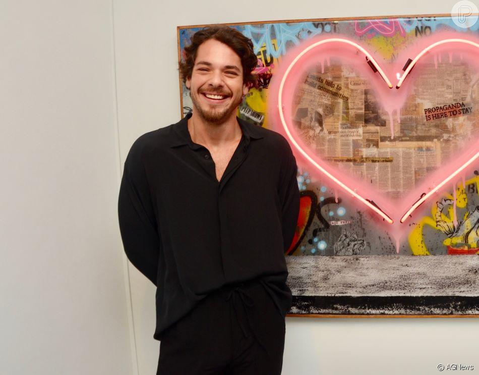 Gian Luca Ewbank engatou namoro com a modelo de fama internacional Rafa Consentino, de 26 anos