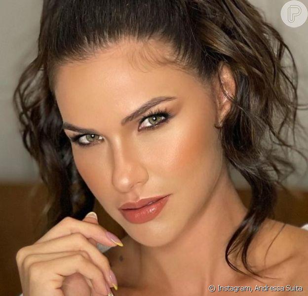 Andressa Suita usa body grifado de R$ 5 mil em fotos e impressiona famosas: 'Deusa'