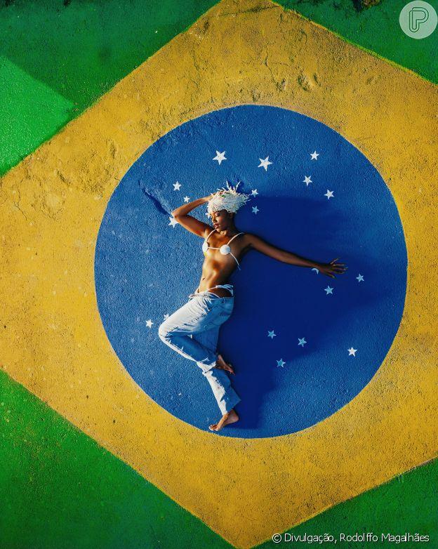 Iza recriou cenários do subúrbio carioca em 'Gueto'