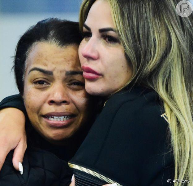Mãe de MC Kevin afastou briga com viúva do funkeiro por conta da herança: 'Não tem ninguém brigando por nada'