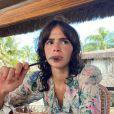 Bruna Marquezine brinca sobre visual em viagem: 'Bochechas coradas'