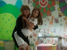 Estreia de Maria Flor! Deborah Secco contracena com a filha na novela 'Salve-se quem puder'
