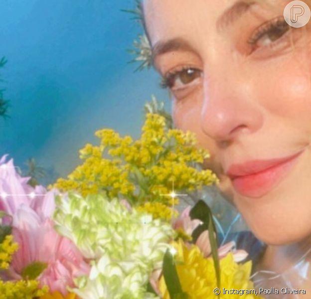 Paolla Oliveira recebe flores e web shippa romance com Diogo Nogueira. Entenda!