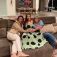 Maria Lina revela marcas no corpo após gravidez de filho com Whindersson Nunes: 'Estrias no peito e na perna'
