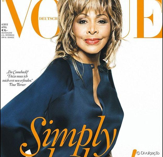 Tina Turner é capa da versão alemã da Vogue.
