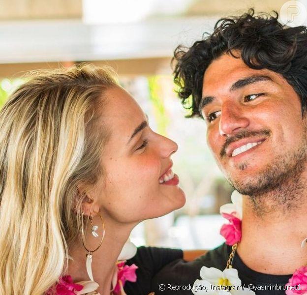 Gabriel Medina foi tricampeão do mundial de surfe e ganhou diversas declarações de Yasmin Brunet