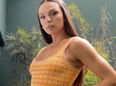 Vestido míni de R$ 11 mil é usado por Isis Valverde e Cleo em menos de 48h. Aos detalhes!