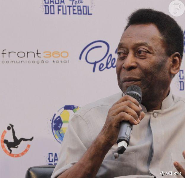Pelé foi transferido para unidades de cuidados especiais nesta quinta-feira, 27 de novembro de 2014