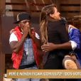 'A Fazenda': eliminada, MC Brunninha abraça Neném, enquanto Pepê chora