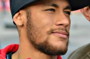 Neymar canta sertanejo com os amigos: 'Vai ser difícil eu me apaixonar de novo'