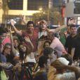 Isis Valverde e Tom Rezende adoram curtir um barzinho com amigos