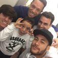 Neymar desembarca no Brasil na manhã deste domingo, em 21 de dezembro de 2014