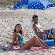 Emanuelle Araújo e Mario Frias gravaram a novela 'Malhação' em praia do Rio